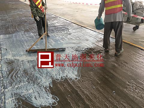 修补剂修复破烂水泥地坪工艺4